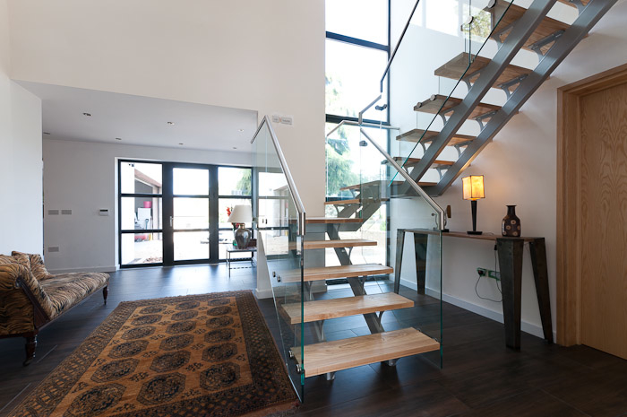 Ash and Glass Banister Feature Staircase 2 (1)